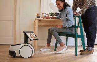Amazon presentó Astro, un robot asistente que vigila casas