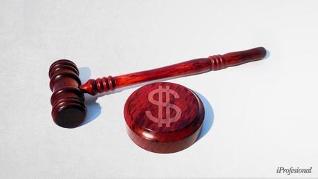 Para la Justicia, las deudas en dólares deben pagarse en dólares